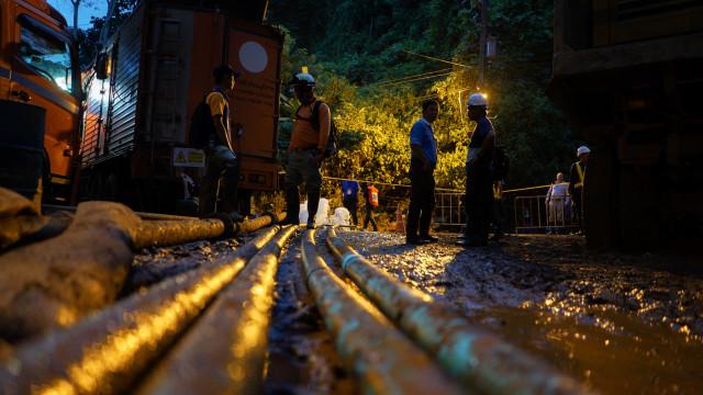 Tailândia: Primeira etapa do resgate concluída com quatro crianças salvas