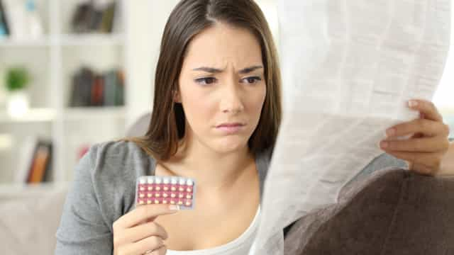 Continuou a tomar a pílula por não saber que estava grávida. E agora?