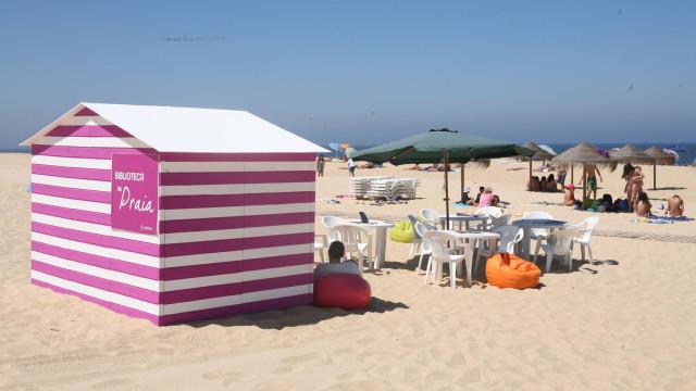 Praias do Carvalhal e Melides convidam banhistas a ler