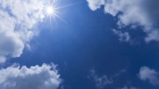 """Vento vai diminuir a partir de sábado. Até lá calor e """"noites tropicais"""""""