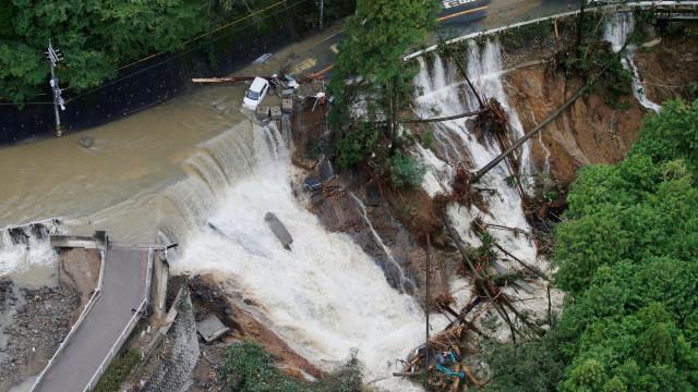 Pelo menos 38 mortos e 47 desaparecidos no Japão devido a inundações