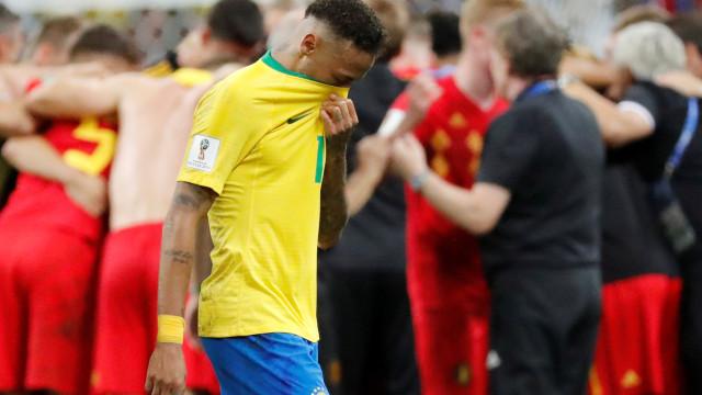 """""""Joga como uma mulher, não como Neymar"""". Este vídeo já se tornou viral"""