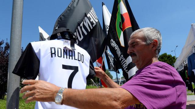 """Trabalhadores da Fiat e a ida de Ronaldo para a Juve: """"É uma vergonha"""""""