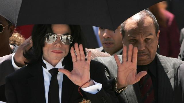 Afinal, Michael Jackson fez as pazes com o pai antes de morrer