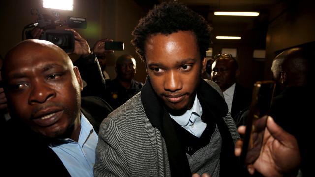 Filho de ex-presidente da África do Sul Zuma acusado de corrupção