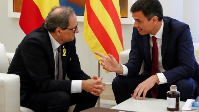 """Sánchez espera dar hoje """"passo em frente para devolver a normalidade"""""""