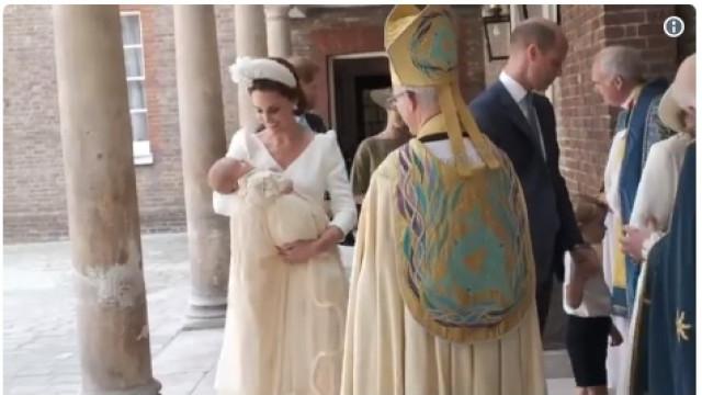 Eis as primeiras imagens do batizado do terceiro filho de William e Kate