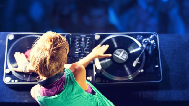Discotecas apanhadas a passar música sem autorização