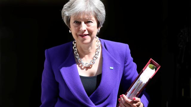 May apresenta segunda-feira Plano B para o Brexit no parlamento