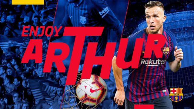 Arthur já é jogador do Barcelona