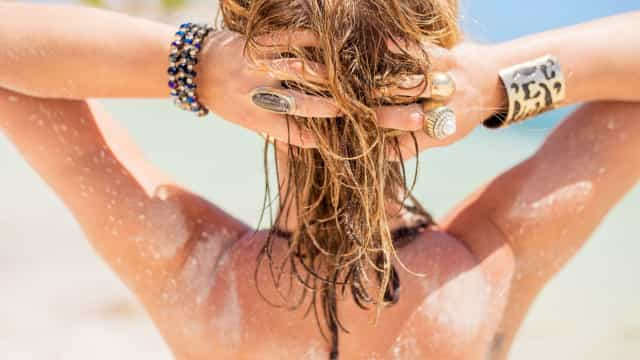 Sim ou não: O cabelo também necessita de protetor solar?