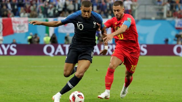 [1-0] França-Bélgica: Umtiti inaugura o marcador