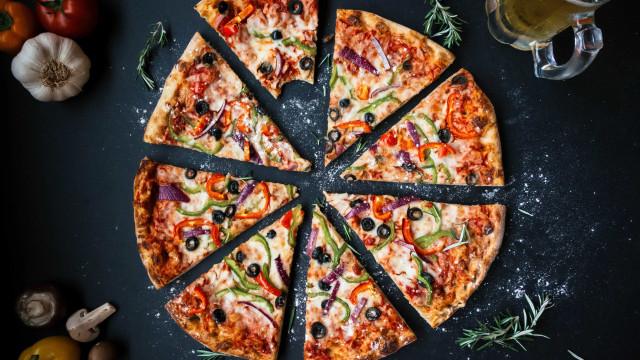 Metade dos italianos prefere almoçar pizza a massa, diz pesquisa