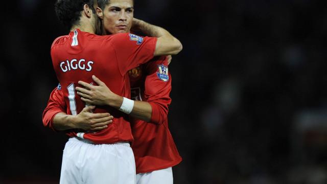 """Giggs: """"Cristiano Ronaldo está obcecado em ser melhor do que o Messi"""""""