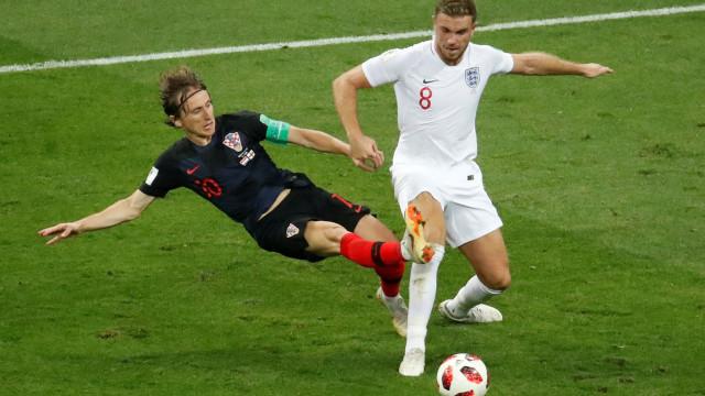 [0-1] Croácia-Inglaterra: Kane esteve quase a 'beijar' o golo