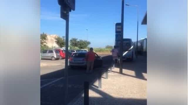 Vídeo mostra agressão de taxista a motorista de Uber