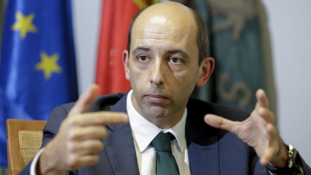 Carlos Vieira apresenta candidatura e garante várias novidades