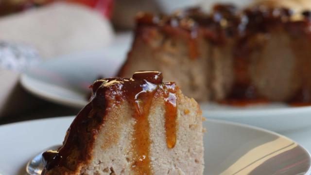 Pudim de pão reaproveita sobras e é fácil de preparar. Aprenda como fazer