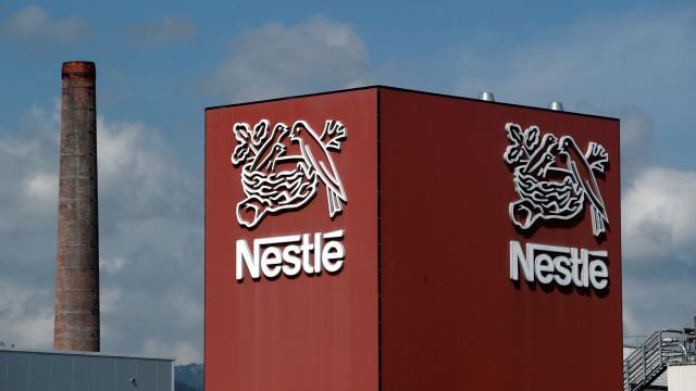 """Nestlé retira do mercado leite infantil Guigoz por """"precaução"""""""