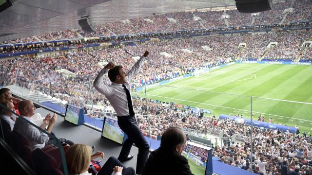 Conquista do título mundial levou o Presidente francês à loucura