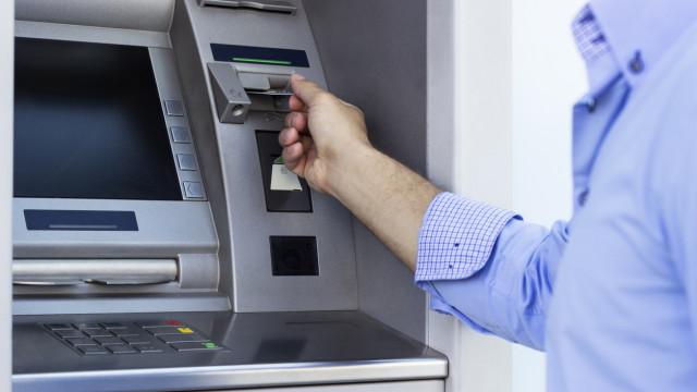 Portugueses doaram mais de 200 mil euros através domultibanco