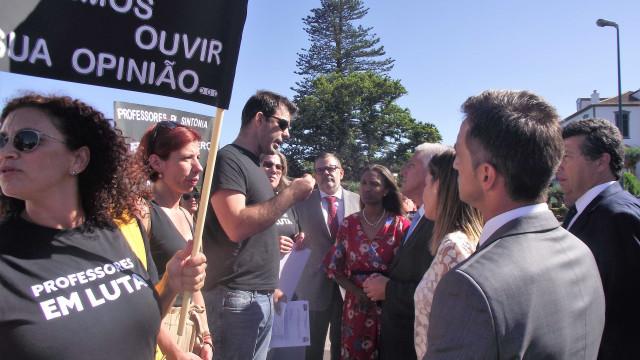 """""""Os Açores têm uma autonomia suspensa por Vasco Cordeiro"""""""