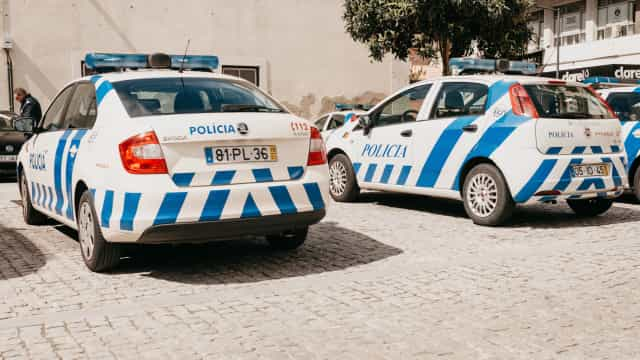 Homem de 34 anos apanhado em flagrante a assaltar café em Loures