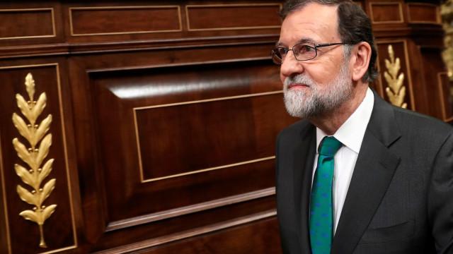 Gastão Cruz recebe Medalha de Mérito Cultural do Ministério da Cultura