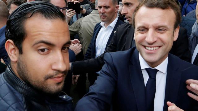 Chefe de segurança do Presidente francês detido por agressões