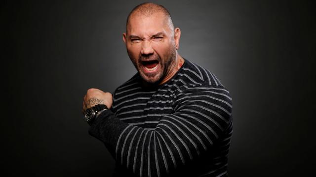 'Guardians of the Galaxy': Estrela da WWE sai em defesa de realizador