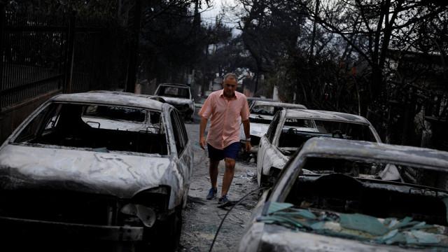 Tragédia na Grécia. Incêndios mataram 50 pessoas e feriram mais de 150
