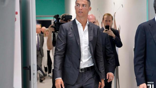"""Ronaldo abre jogo sobre alegada violação: """"Sei que sou um exemplo"""""""