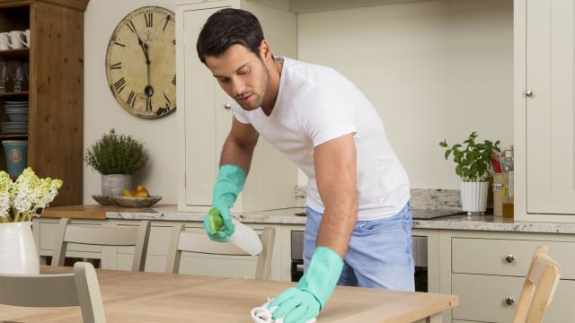 Quatro eletrodomésticos na sua cozinha que o estão a deixar doente...