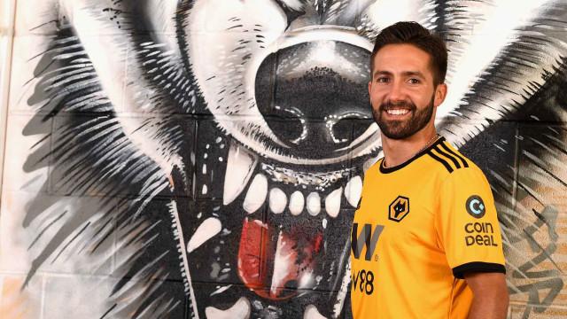 Oficial: João Moutinho é jogador do Wolverhampton