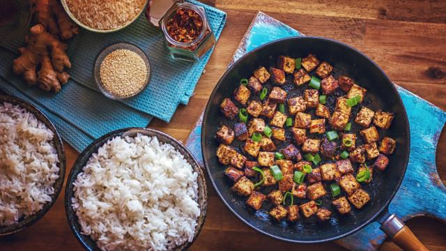 Cinco 'carnes' dignas de uma alimentação vegetariana. Qual a melhor?