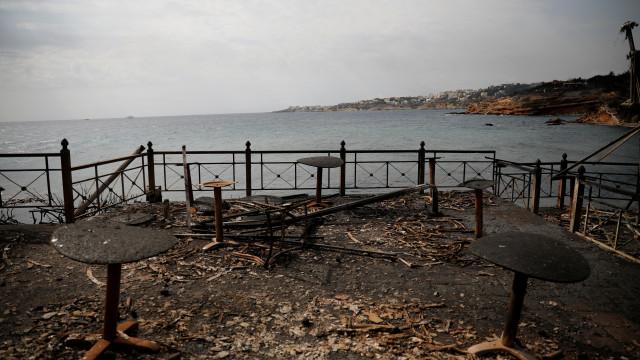 Grécia: Hotel em Mati ajudou centenas de pessoas a fugir de barco