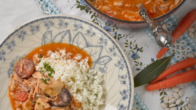 A tempo do jantar! Aprenda a fazer esta receita de Tripas à moda do Porto
