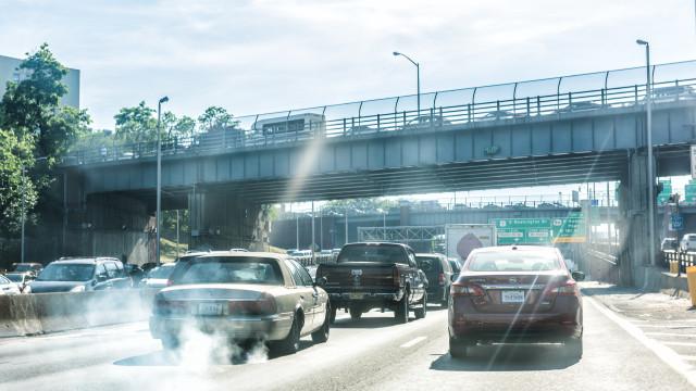 Emissões poluentes. Limites podem 'dar' poupança aos consumidores