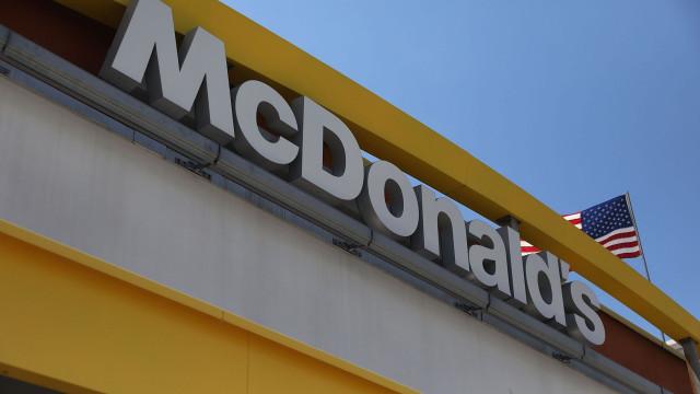 Mais de 280 pessoas doentes devido a parasita em salada do McDonald's