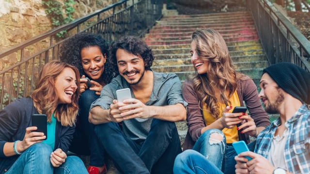 A nova opção do Facebook quer fazer dos vídeos um 'evento social'