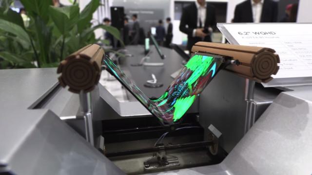 Huawei: Smartphone dobrável também terá ligação 5G