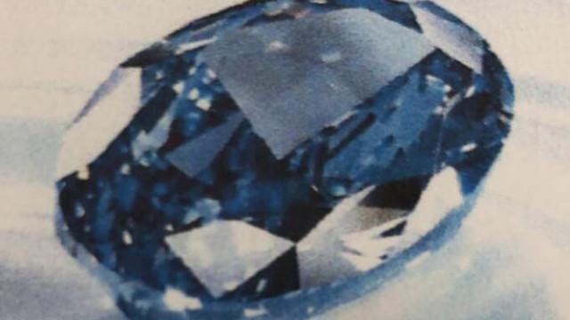 Polícia recupera diamante azul raro roubado no Dubai