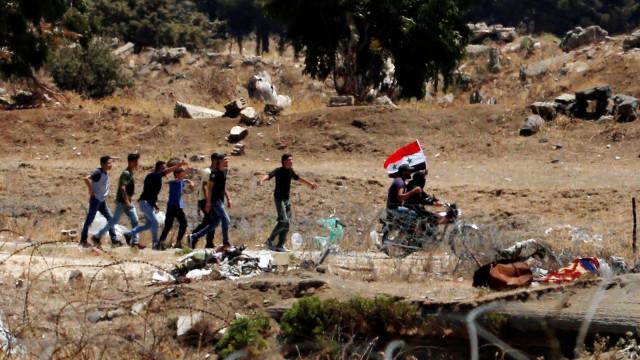 Pelo menos 4 mil pessoas abandonam Deraa, na Síria, devido à violência