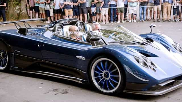Pagani apresenta o carro mais caro do mundo