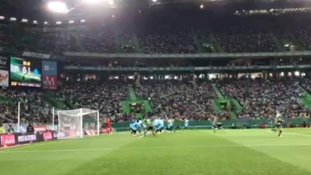 André Pinto parte a 'loiça' gaulesa após assistência de Bruno Fernandes