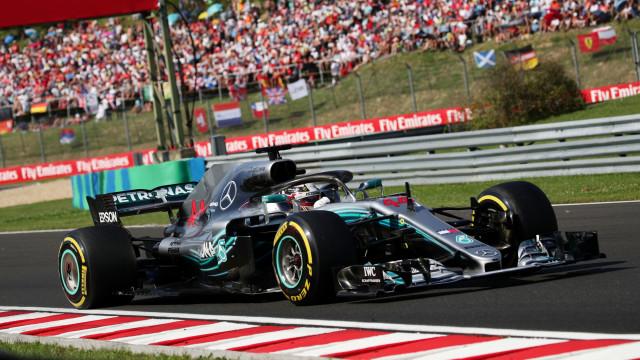 Ferrari tramou a vida a Bottas, mas sem acelerador para Lewis Hamilton