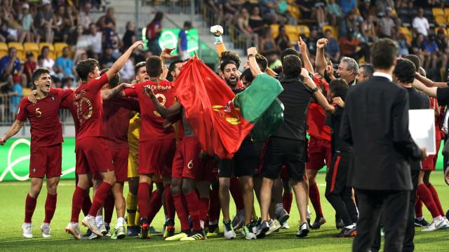 Cristiano Ronaldo deu os parabéns aos novos 'reis' da Europa