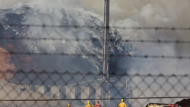 Cinco bombeiros feridos no incêndio em Vila Velha de Ródão