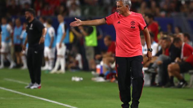Premier League já ferve. Mourinho favorito a ser... despedido