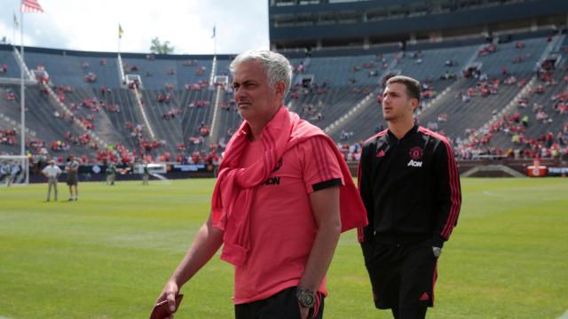"""Mourinho e a 'batalha' por mais reforços: """"Não estou confiante"""""""